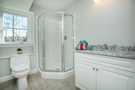 021_bathroom